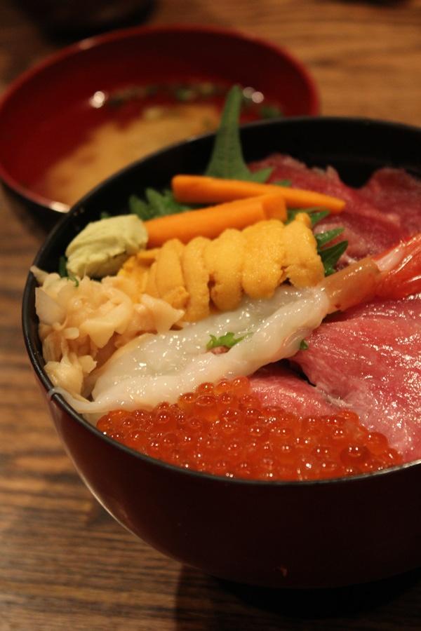 築地海鮮丼 Seafood Donburi. Love it So So much!