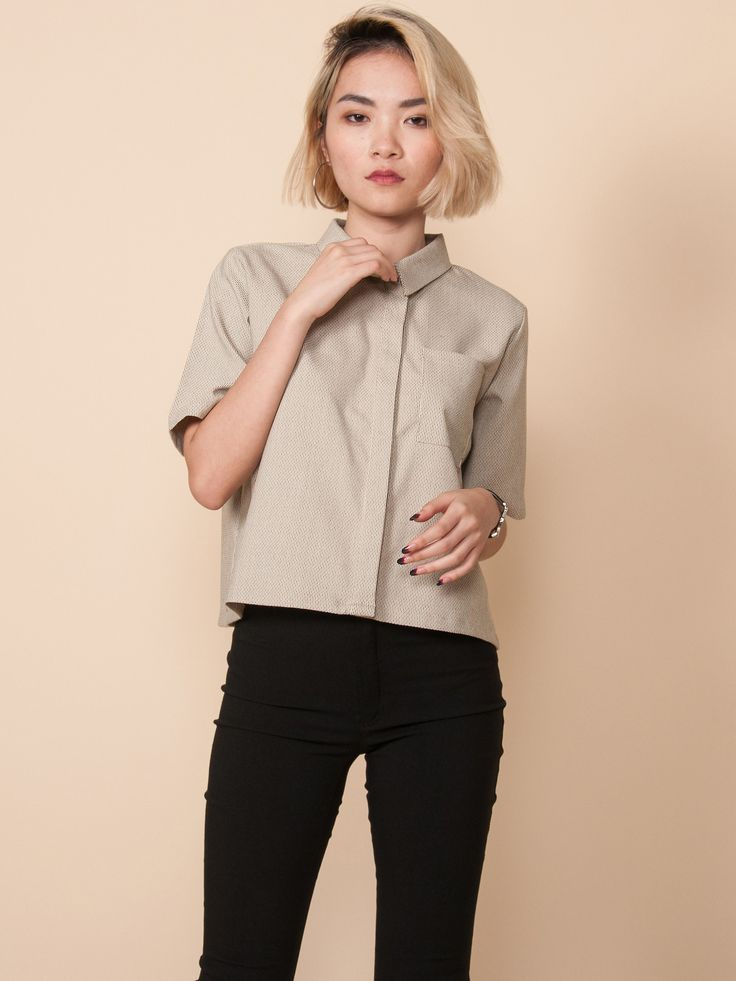 RAINA Cropped Shirt (Beige Abstract)