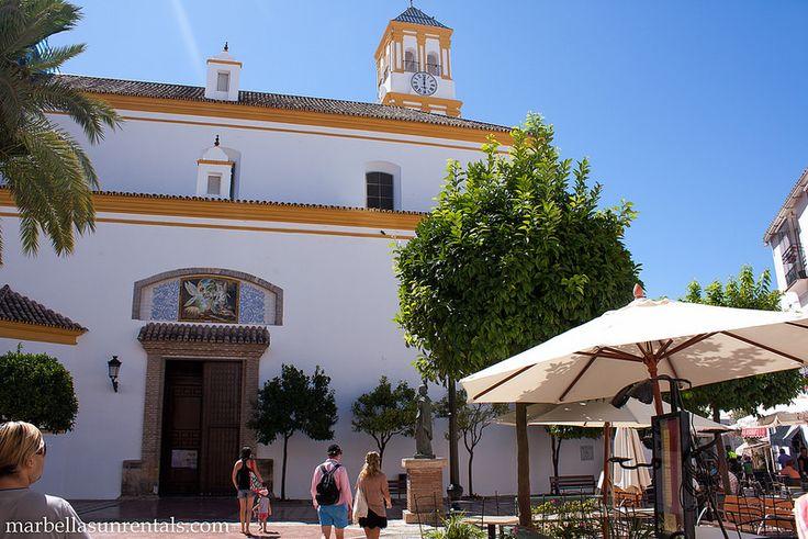Church La Encarnación and square
