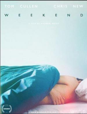 DVD CINE 2460 - Weekend (2011) Reino Unido: Dir.: Andrew Haigh. Romance. Homosexualidade. Sinopse: un venres noite, tras unha festa en casa cos seus amigos heteros, Russell visita un club gai onde a última hora coñece a Glen. Ambos comezan entón unha relación de fin de semana, pero o que parecía que ía ser o rolo dunha noite comeza a ter a intensidade dun shock emocional de longo alcance.
