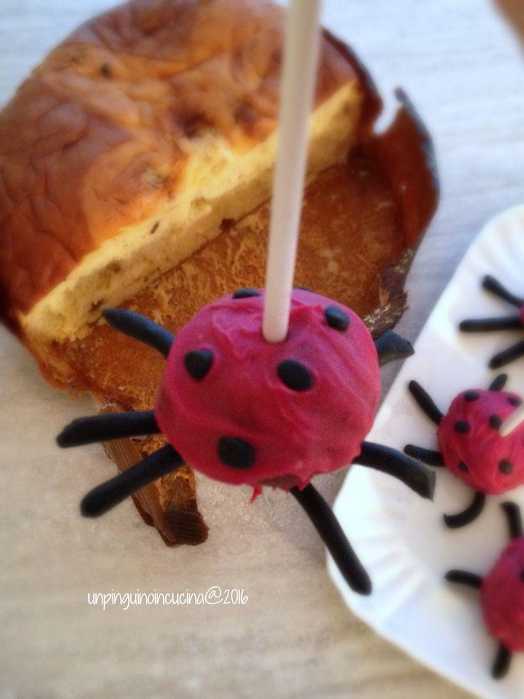 Ladybird Cake Pops - Coccinella Cake Pops