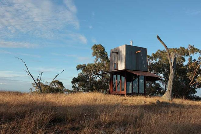 Weekend Cabin in New South Wales, Australia by Architect Casey Brown::via Nau Blog