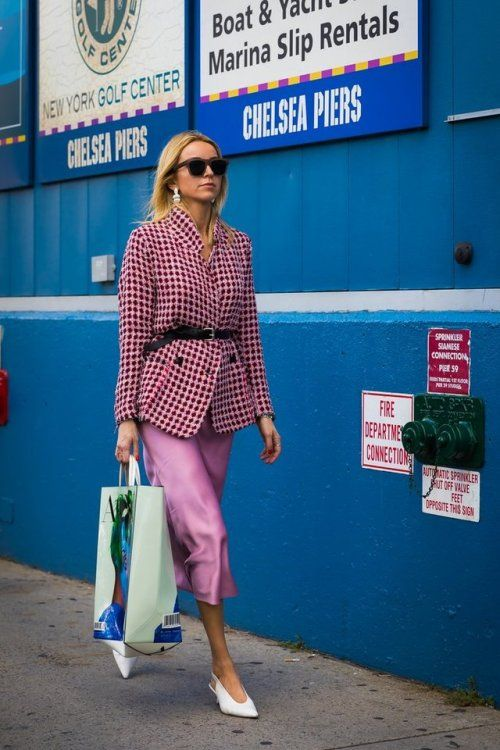 Pink in pink: belted jacket with a pencil skirt.