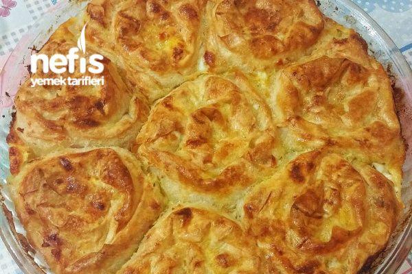 Sodalı Peynirli Puf Börek (Garanti Lezzet) Tarifi nasıl yapılır? 4.566 kişinin defterindeki bu tarifin resimli anlatımı ve deneyenlerin fotoğrafları burada. Yazar: Merve Nur Karabüber Taşpınar