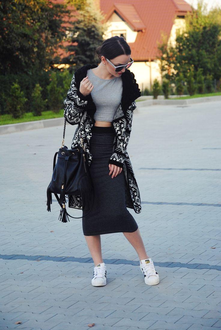 Dominika Krzyszkowska #krzyszkowska #superstar #adidas #classy #sunglasses #sweater #aw16