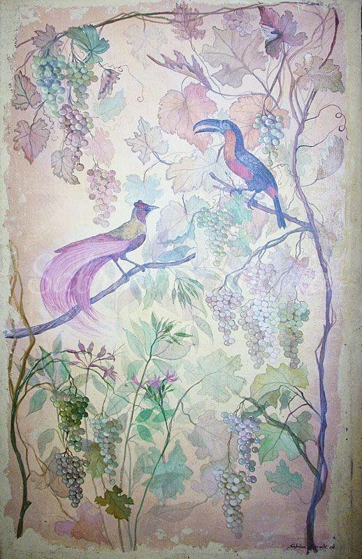 Uccello del Paradiso con uva