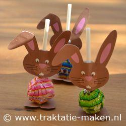 marque-place lapin avec sucette