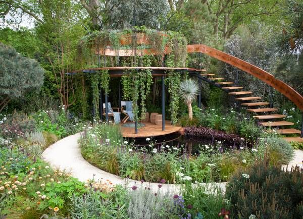 The Winton Beauty of Mathematics Garden, by Nick Bailey, Chelsea, London, UK.
