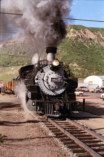 Mikado 482 blasts out of Durango, Colorado