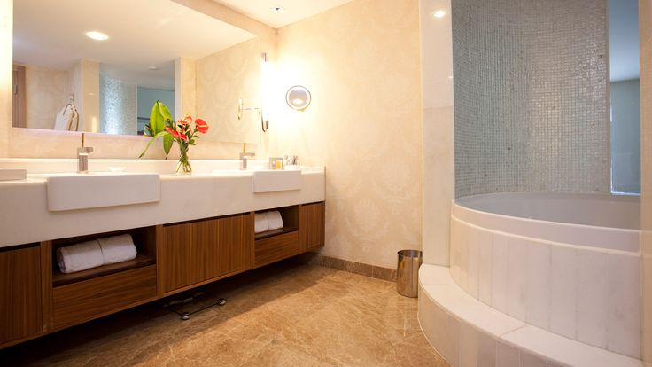 Re-do your bathroom with a complete renovation - Mitre 10