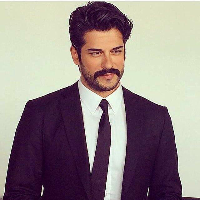 Instagram fotoğrafı: Burak Özçivit • 25 Mayıs 2015, 16:57