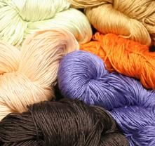 ColourMart Yarn shop -- an amazing place for cashmere yarns for cheap.  :D  Mill-ends, mostly...
