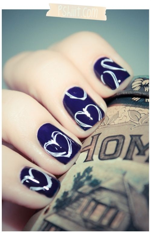 I really like these nails GL posted! They are cute because they almost look stencil drawn!!! :)
