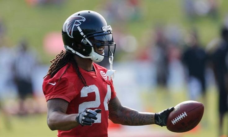 Devonta Freeman clears concussion protocol = Having been placed in the league's concussion protocol in mid-August, Atlanta Falcons running back Devonta Freeman has been working his way back to the point where.....