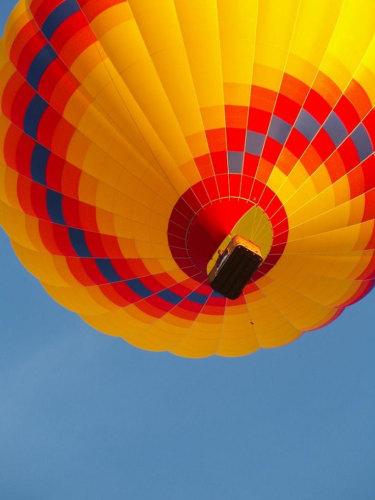 ::Balloons Design, Balloons Of, Colors Balloons, Air Ballon, Beautiful Balloons, Sponsor Balloons, Balloons Abundance, Hot Air Balloons, Balloons Riding