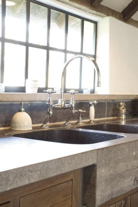 concrete counter top. love the faucet too
