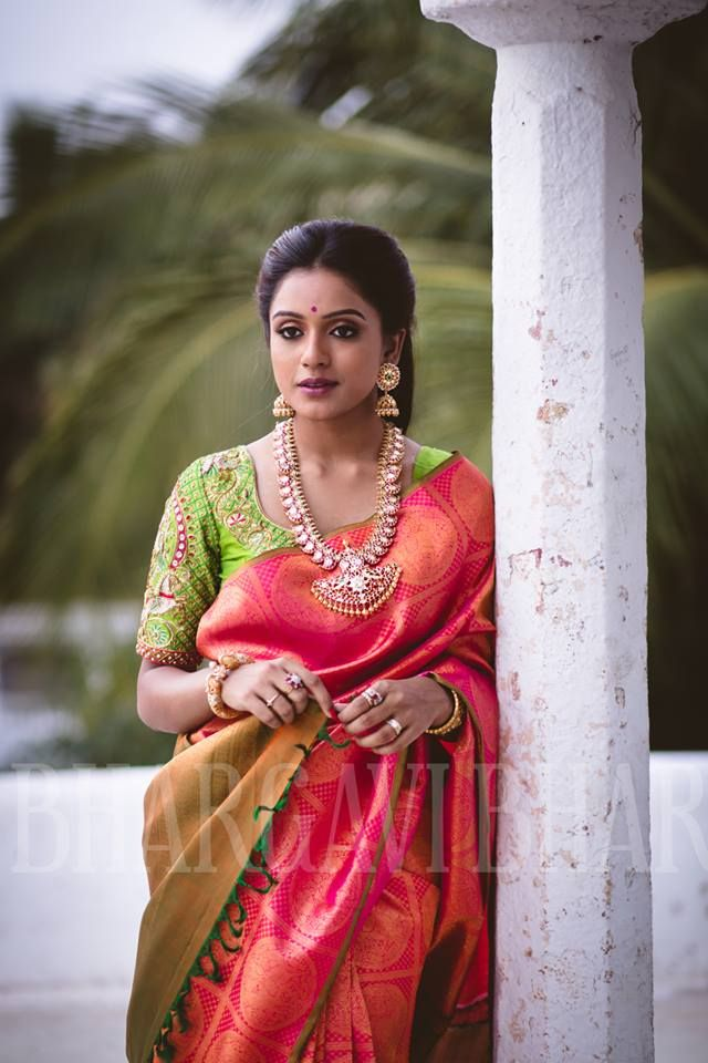 attractive and amazing bridal saree look so pretty....!!! #covaiweddingshoppers