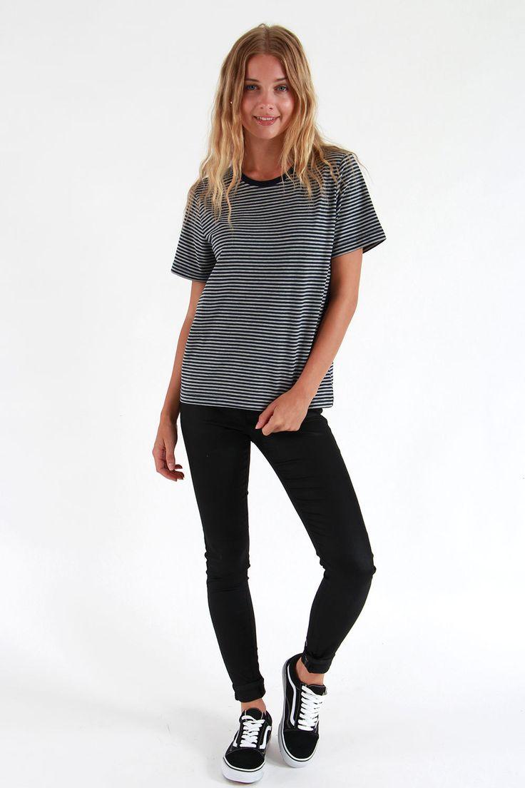 Huffer Stella Tee - Short Sleeve T-Shirts   North Beach