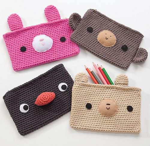 podkins: Cute crocheted pencil cases.