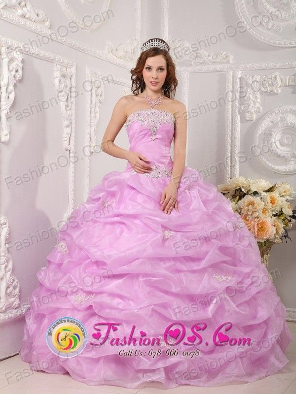 164 best ~moda fiesta quinceañeras, .... images on Pinterest | Ball ...