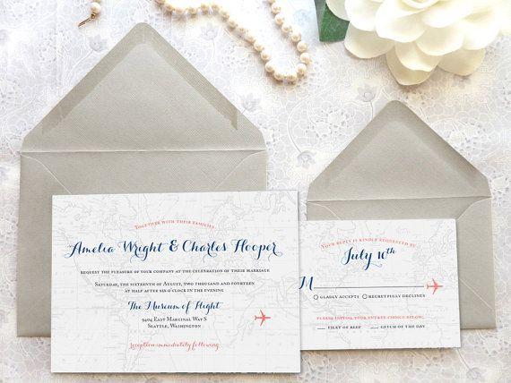 Aangepaste, bestemming bruiloft uitnodigingen met een verfijnde reizen thema, met inbegrip van een vaag alle-over wereld kaart achtergrond en vliegtuig