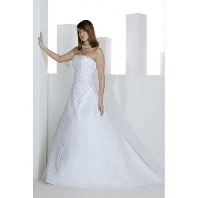 Gorgeous Satin A-line Strapless Winter Sleeveless Crystal Detailing Empire White Special Occasion Dresses