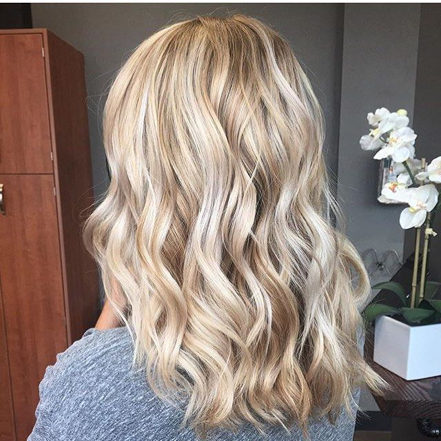 Perfecto! Color by @colorwithnickole  #hair #hairenvy #haircolor #blonde…