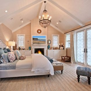 Best 25+ Cathedral ceiling bedroom ideas on Pinterest | Master ...