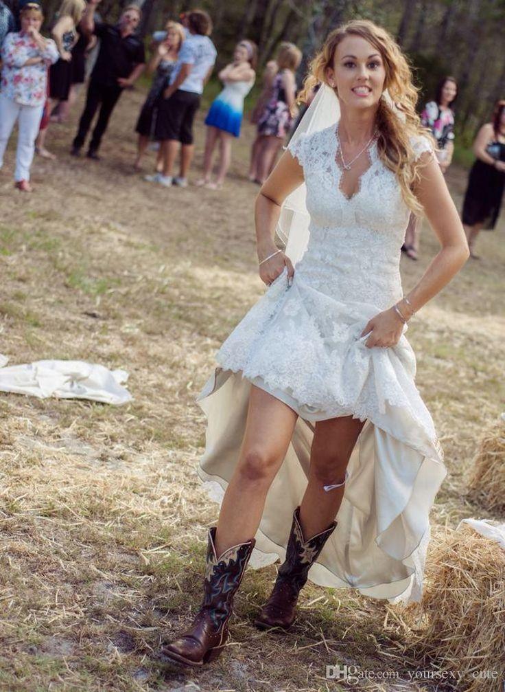Cheap 2018 Vintage Lace Wedding Dresses V Neck Cap Sleeves Sweep ...