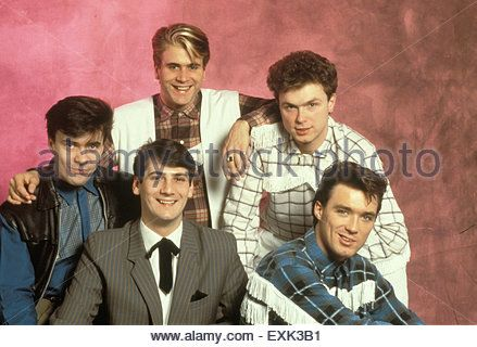 SPANDAU BALLET  Promotional photo of UK pop group about 1982. From left: John Keeble, Tony Hadley,  Steve Norman,Gary - Stock Photo