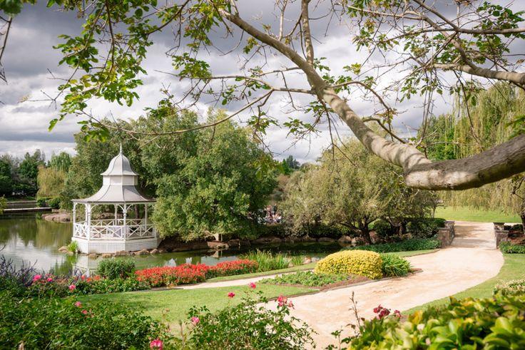 Lakes Walk Rotunda in the Hunter Valley Gardens. English elegance for a sophisticated garden wedding.
