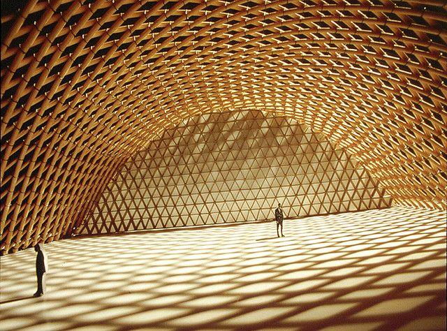 Shigeru Ban e a síntese da arquitetura japonesa