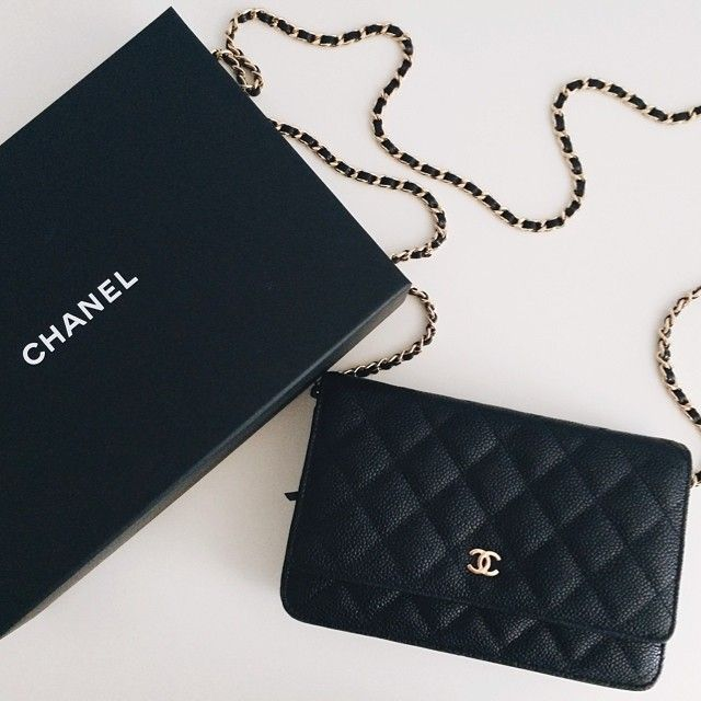 Chanel Quilted Caviar with Gold Hardware WOC ❤️