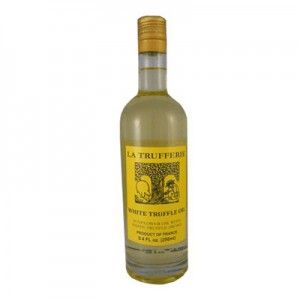 White Truffle Sunflower Oil 8.45 oz @ https://caviarlover.com/product/white-truffle-sunflower-oil-8-45-oz/ #truffle #italiantruffle #frenchtruffle #blacktruffle #whitetruffle #albatruffle