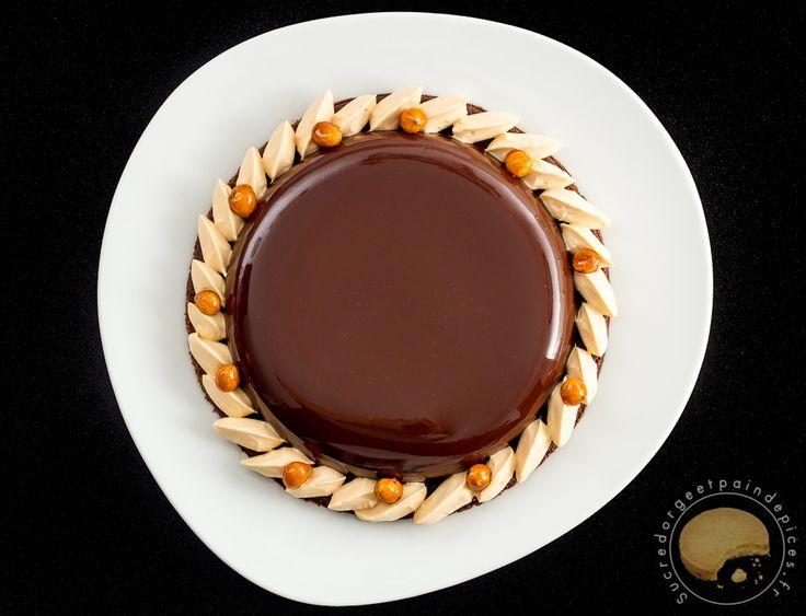 Tarte au chocolat et caramel au beurre sal sabl for Glacage miroir caramel