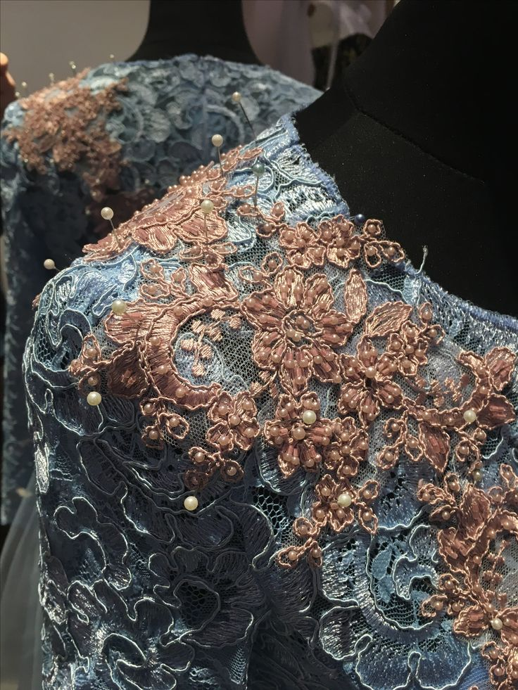 #newcollection #handmade #embroidery #embroiderydress #chantilly #serenity #powderpink #beads #crystals #swarovski #luxurystyle #luxury #luxurious #luxurydress #margo #margoconcept #brasov #unique #uniquedress #rochiedeseara #dantela #broderie #lace #modelunicat #fashion #fashiondesign #fashionaddict #instafashion
