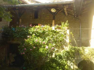 Jardin des Chambres d'hôtes à vendre à Juille en Beaujolais