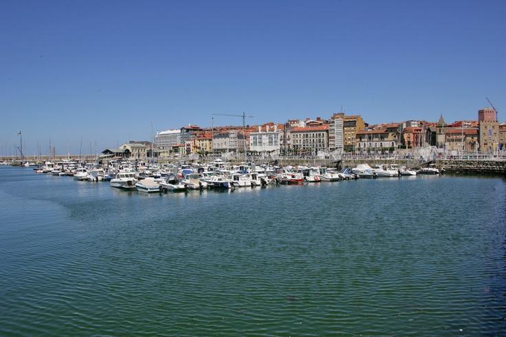 26 best fotografias images on pinterest activities - Puerto deportivo gijon ...