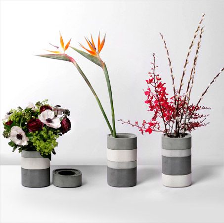 Bento-inspired concrete vase by Xiral Segard. Four modular units to stack in different variations.