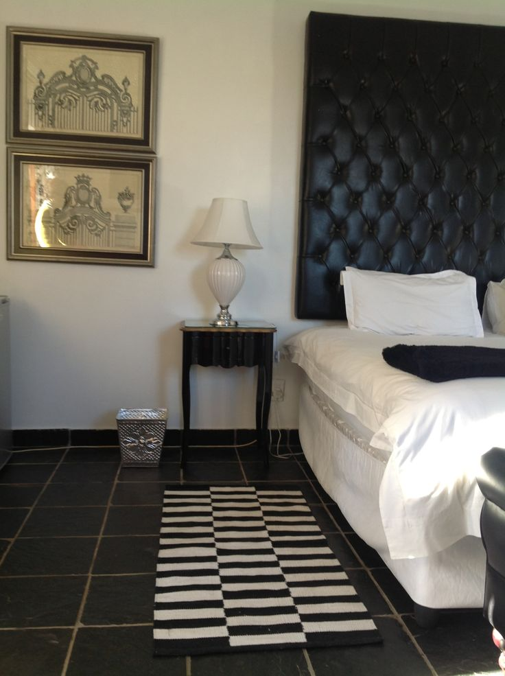 Thaba Thswene - Guest rooms