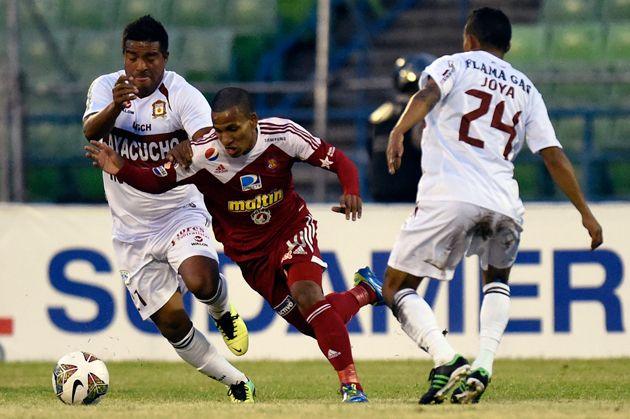 Caracas FC avanzó en la Copa Sudamericana al vencer 1-0 al Inti Gas peruano (+fotos) #Deportes #Futbol #FVF #Noticias