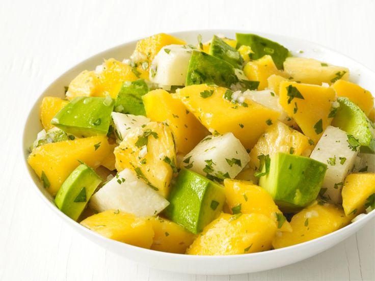 Avocado Salad : Creamy avocado pairs beautifully with sweet mango and crunchy jicama.