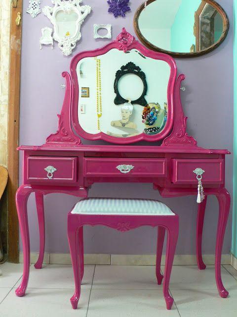 Ateliando - Customização de móveis antigos: Penteadeira Antiga Pink...