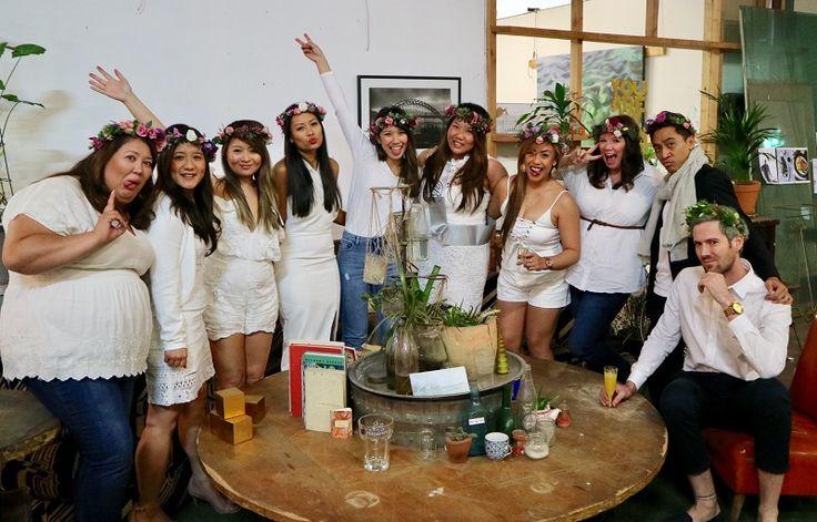 Fun hen activity with making gorgeous flower crowns #sydneyflowercrown #henworkshops