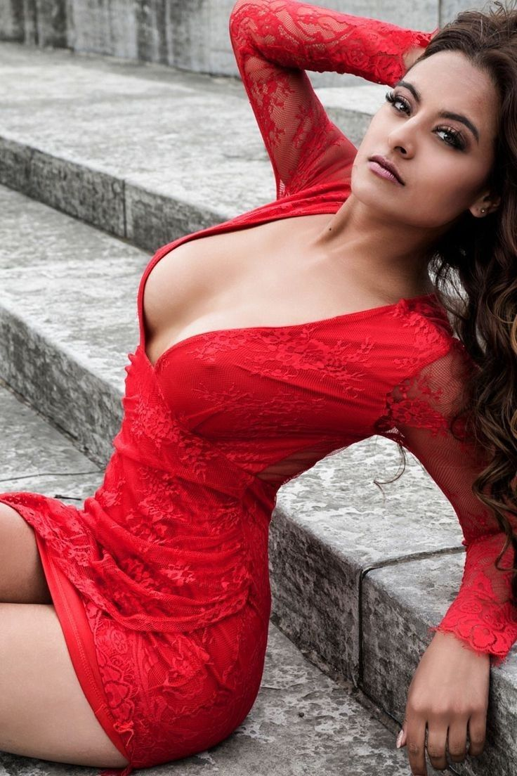 Red Dress Sexy Hotie