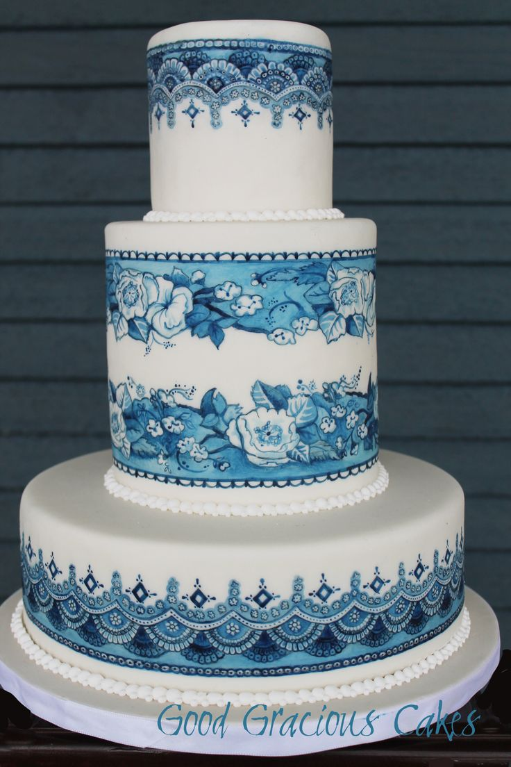 Cake Design Blue : Exquisite!!! Blue and White hand painted cake - the ...