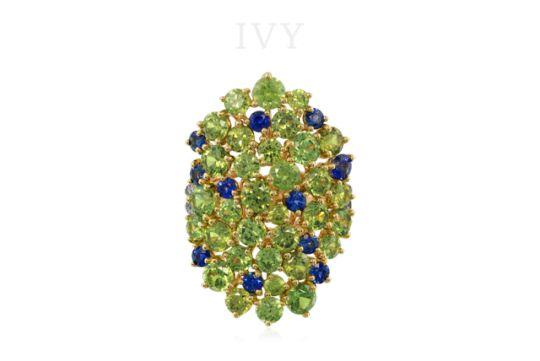 www.ivynewyork.com   Demantoids and blue sapphires in IVY gold ring.  #yavorskyy #yavorskyycut #ivynewyork #FineGems #ColoredGemstones #NaturalGemstone #PreciousStones #ДрагоценныеКамни #finejewelry  #oneofakindjewelry #handcraftedjewelry #designerjewellery  #ювелирныйдизайн #demantoid #демантоид #sapphire #сапфир #unheatedsapphire #sapphirering #demantoidring #bluesapphire #naturalsapphire