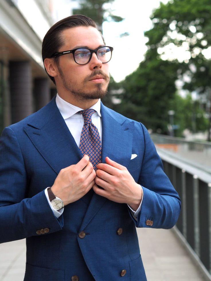 Royal blue suit - 3 different ways to wear - DressLikeA.com