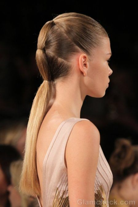 TIered ponytail                                                                                                                                                                                 Más
