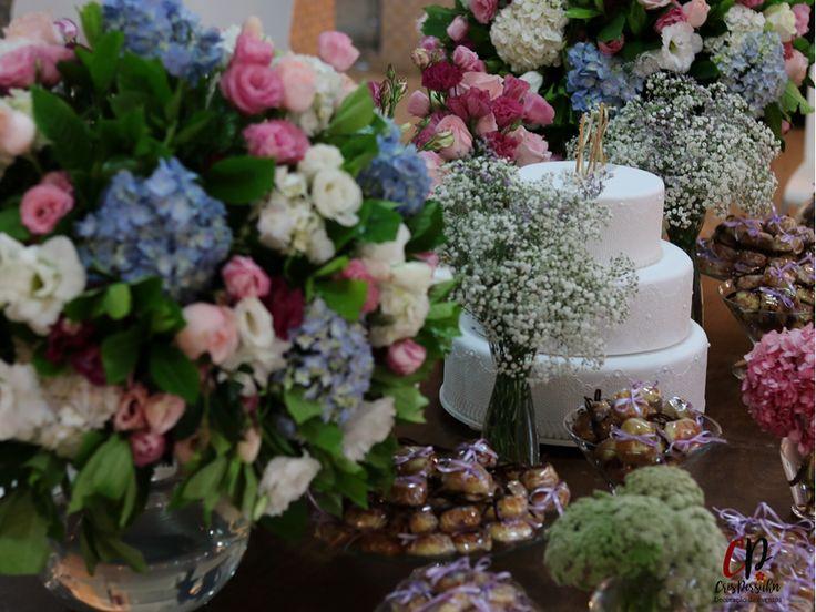 Arranjos para mesa de bolo